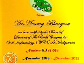 the world congress for oral implantology certificate awarded to Dr Anurag Bhargava- oral surgeon in Indore